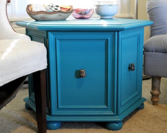 Side table painted blue with Rustoleum paint, side view