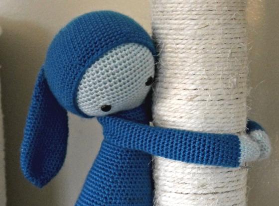 Lalylala Rita the rabbit blue yarn hugging
