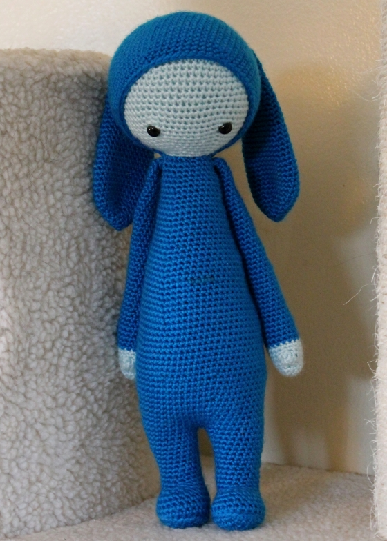 Lalylala Rita the rabbit blue yarn