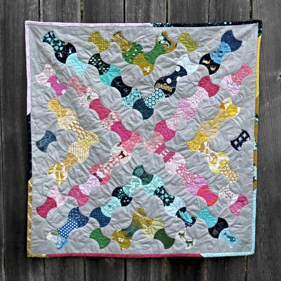 Kaleidoscope wall hanging using paper pieced apple cores