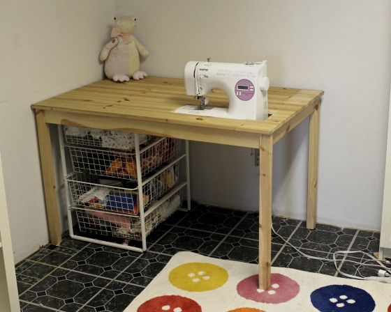 Sunken sewing table